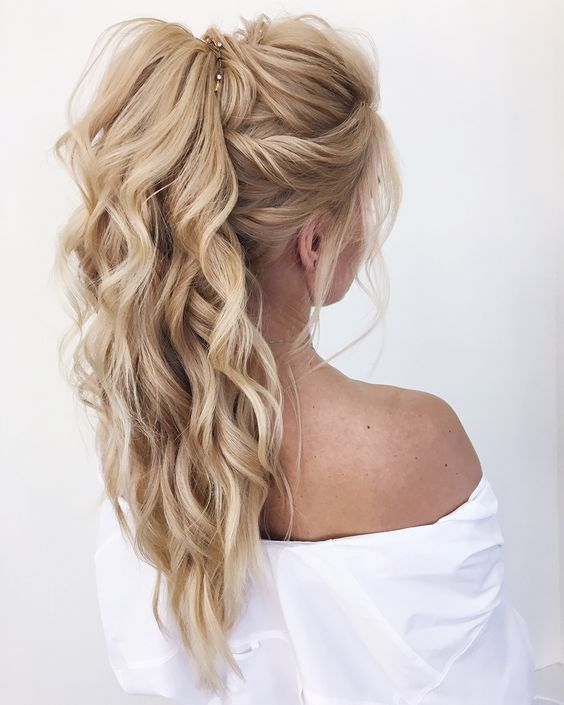wedding hairstyle ideas. curled updo hair inspiration. gorgeous .