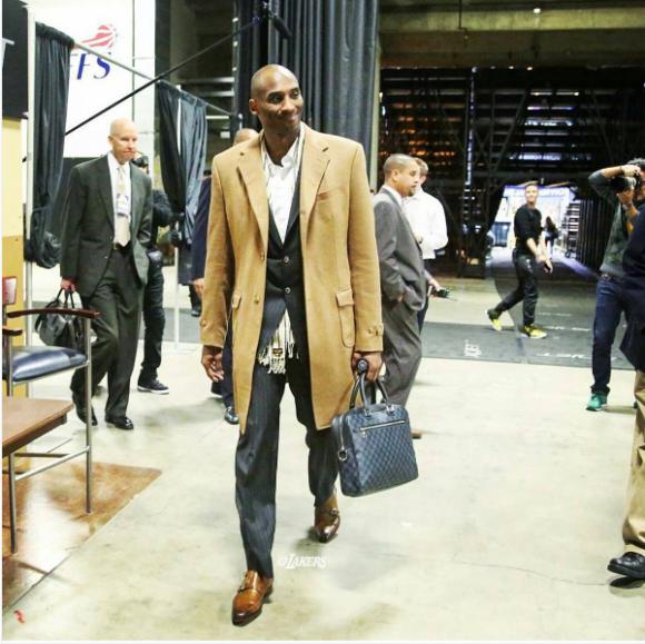 Kobe Bryant Style - SuperHairModels in 2020 | Kobe bryant black .
