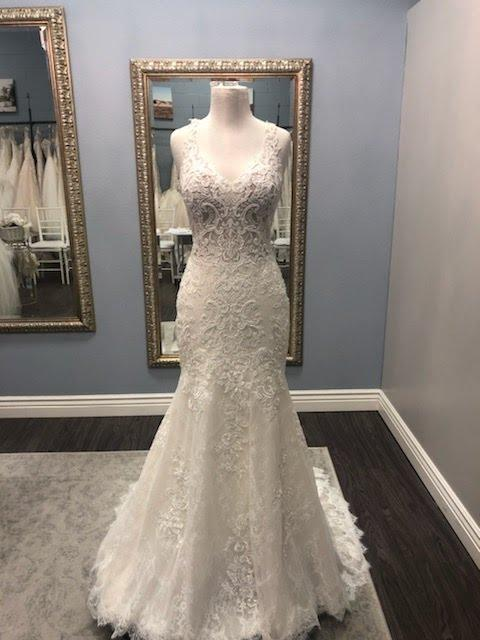 Maggie Sottero Avonte Wedding Dress | Sample, Size: 10, $6