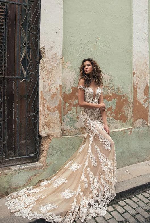 Wedding Dress Inspiration - Julie Vino | Lace mermaid wedding .