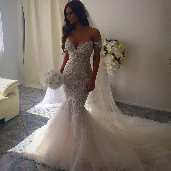45 Stunning Mermaid Wedding Dresses To Get Inspired - The Knot to T