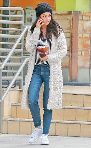 Mila Kunis Casual Style Inspiration | Moda, Kobieta, Piękne kobie