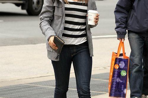 Women's corner: Style icon: Mila Kunis in 2020 | Mila kunis style .