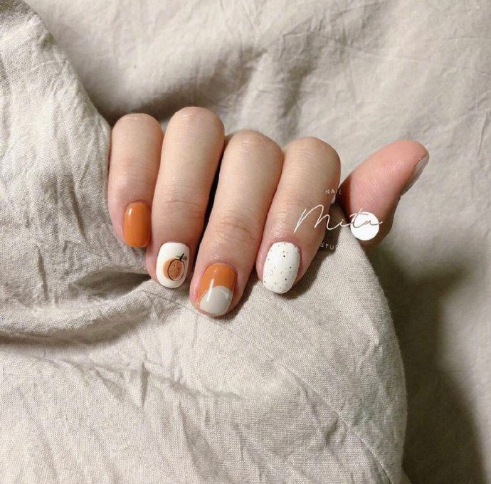 44 Eye-catching Minimalist Nail Art Ideas For Summer 2019 summer .