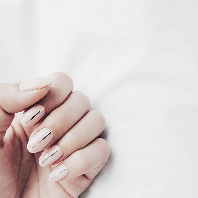 45 Minimalist Nail Art Ideas to Keep It Simple the Rest of Summer .