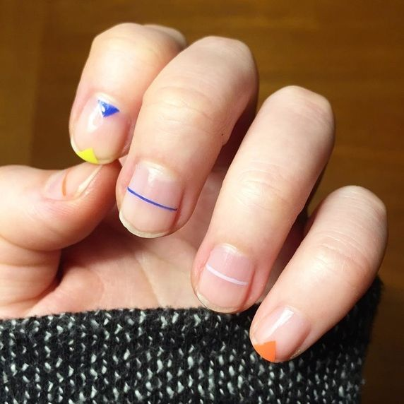 Minimal Nail Art Ideas for the Cool Festival Girl #loveandleather .
