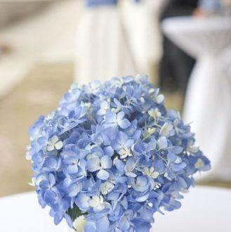 50+ Modern DIY Hydrangea Centerpiece - Fazhion | Blue hydrangea .