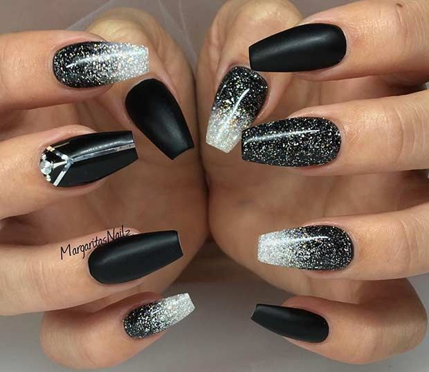31 Snazzy New Year's Eve Nail Designs | Black acrylic nail designs .