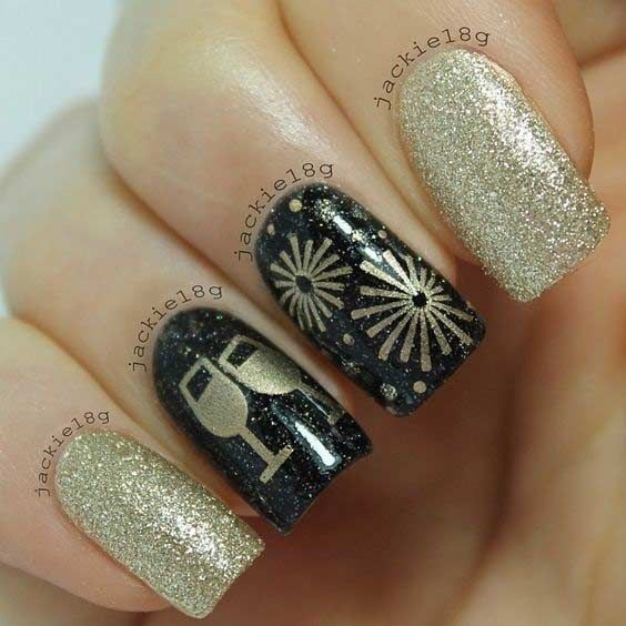 31 Snazzy New Year's Eve Nail Designs | StayGlam | New years nail .
