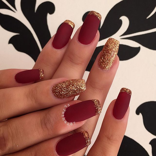 For the lovely✨#cle #classy | Red gel nails, Red and gold nails .
