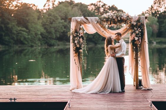 15 Remarkable Wedding Lake Inspiration Once In A Lifetime .