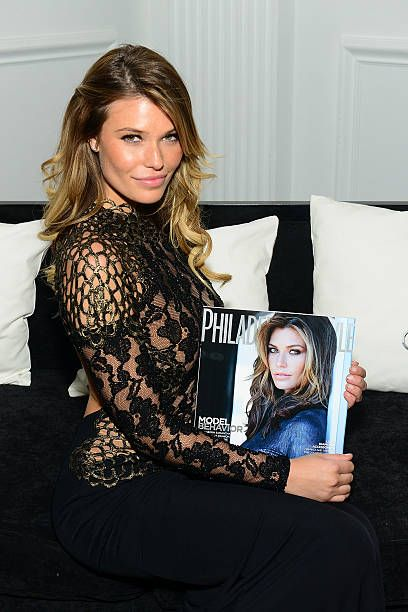Philadelphia Style Celebrates Holiday Issue With Cover Star .