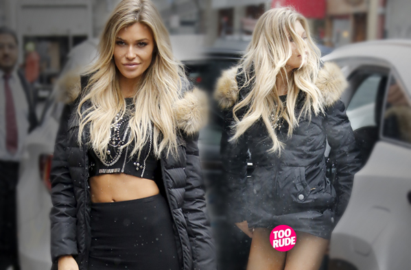 Sports Illustrated Model Samantha Hoopes Suffers Wardrobe .