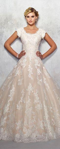 Marvelous 10 Scoop Neckline Wedding Dress Inspiration https .