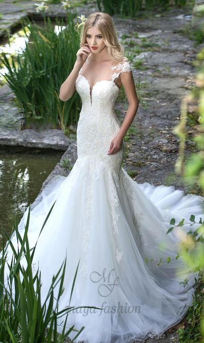 Wedding Dress Inspiration - Maya Fashion   Mermaid wedding dress .
