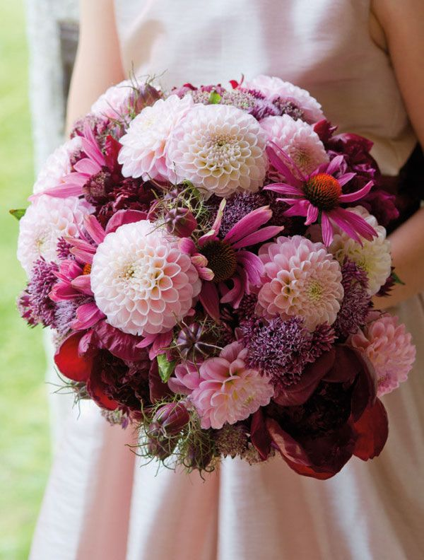 27 Stunning Wedding Bouquets for November | Wedding flower trends .
