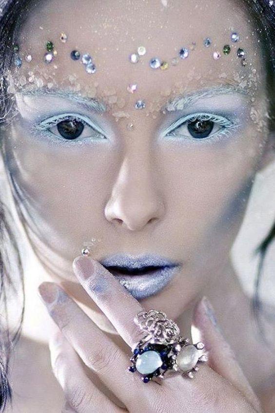 Stunning Winter Party | Fairy makeup, Christmas makeup look .