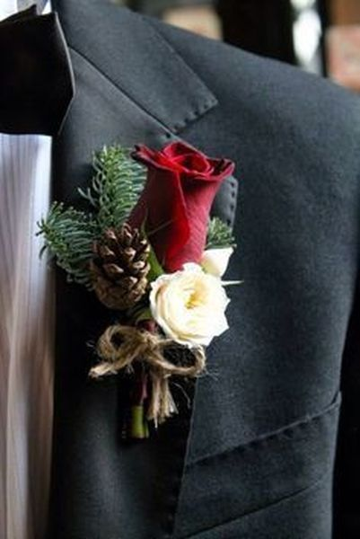 Stylish Winter Groom Suits and Boutonnieres | Bloemstukken .