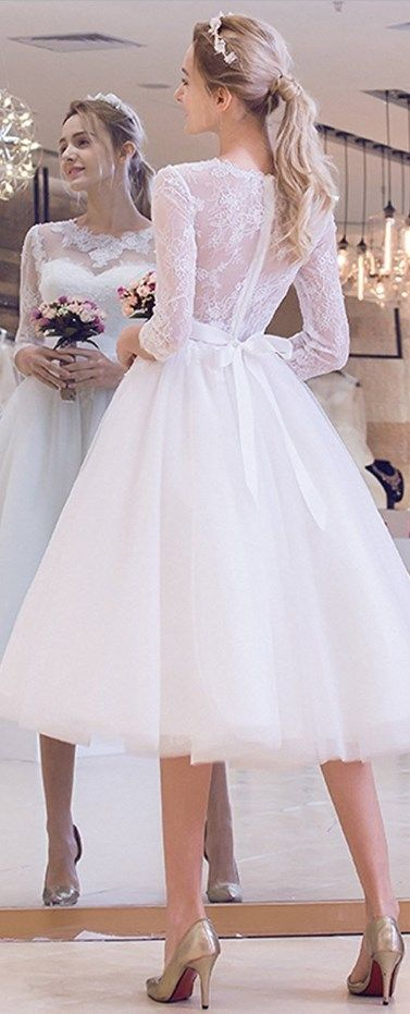 Short and Tea Length Wedding Dresses : Super cute vintage wedding .