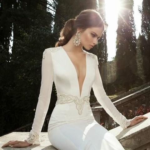36 Incredibly Sexy Low Cut Wedding Gowns | HappyWedd.c