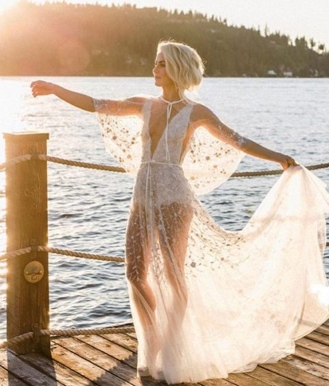 25 Naked Wedding Dresses For Daring Brides - Weddingoman