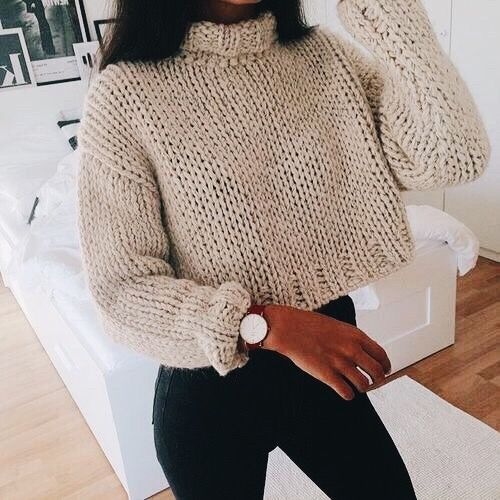 Pin by Haley Webb on my style | Sweater tops outfit, Crop top .