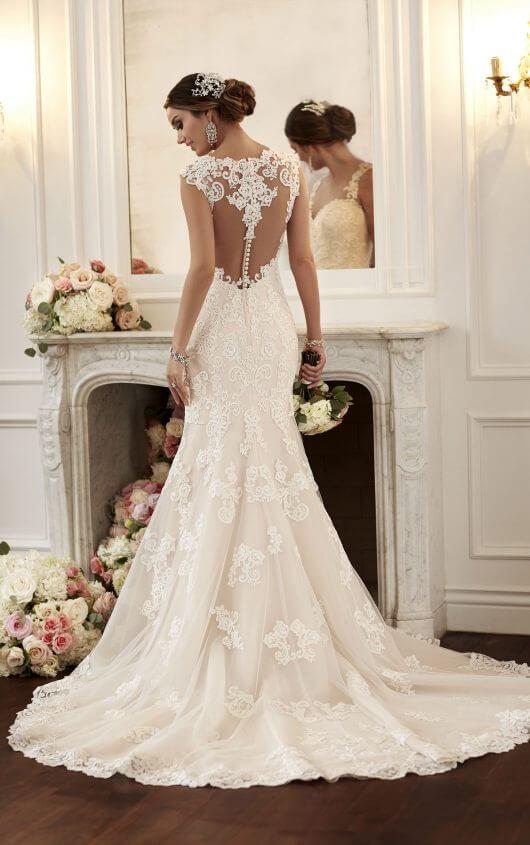Vintage-Inspired Wedding Dresses with Straps   Stella Yo