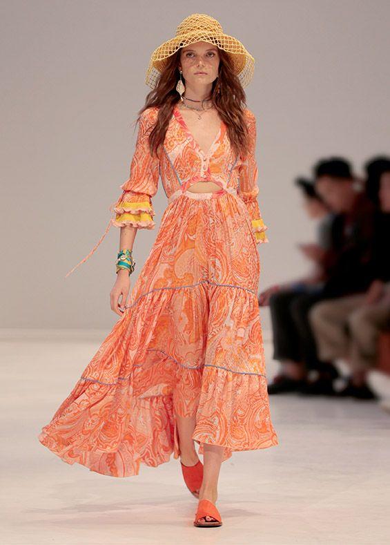 SPRING SUMMER 19 FASHION SHOW | Autumn fashion women, Stylish .